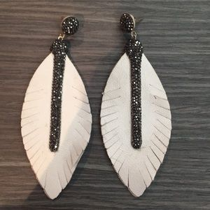 White leather lead earrings with black stones!